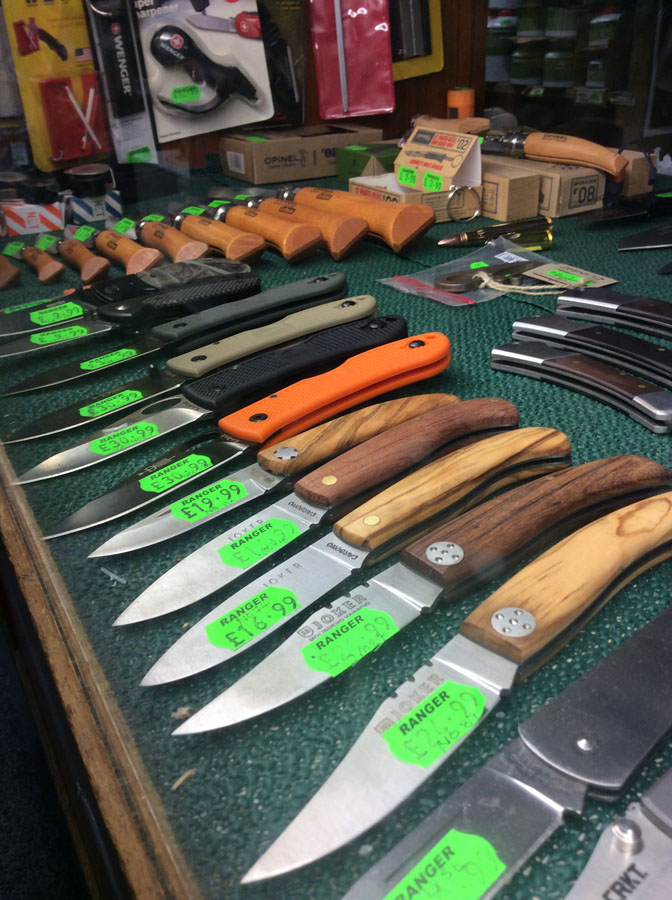 Bushcraft | Knives by Gerber, Mora, Helle and Rui | Stoves Axes Ovens